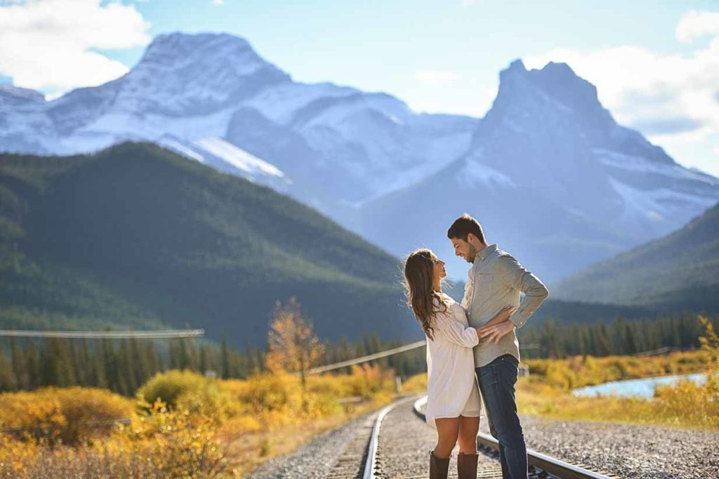 Mountain Engagement | Calgary Engagement Photographer | SLIVER Photography