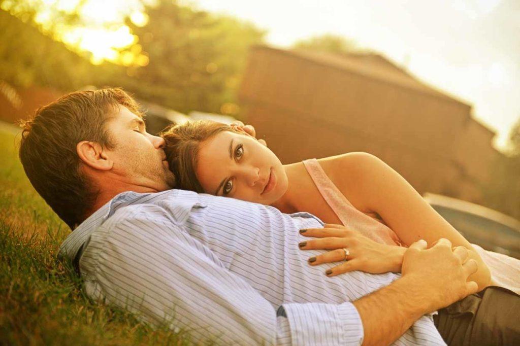Cuddles | Calgary Engagement Photographer | SLIVER Photography