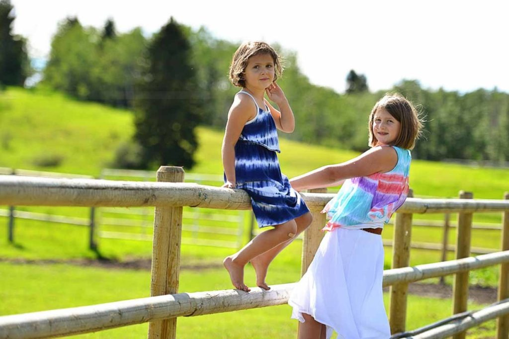 Farm Girls   Calgary Family Photographer   SLIVER Photography