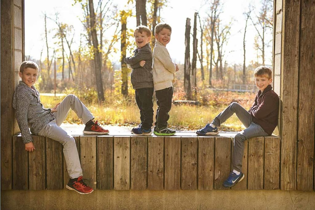 Family shot | Calgary Family Photographer | SLIVER Photography