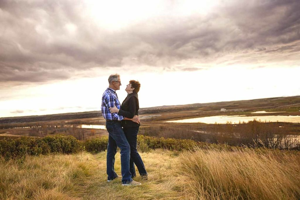Couple on hill | Calgary Family Photographer | SLIVER Photography