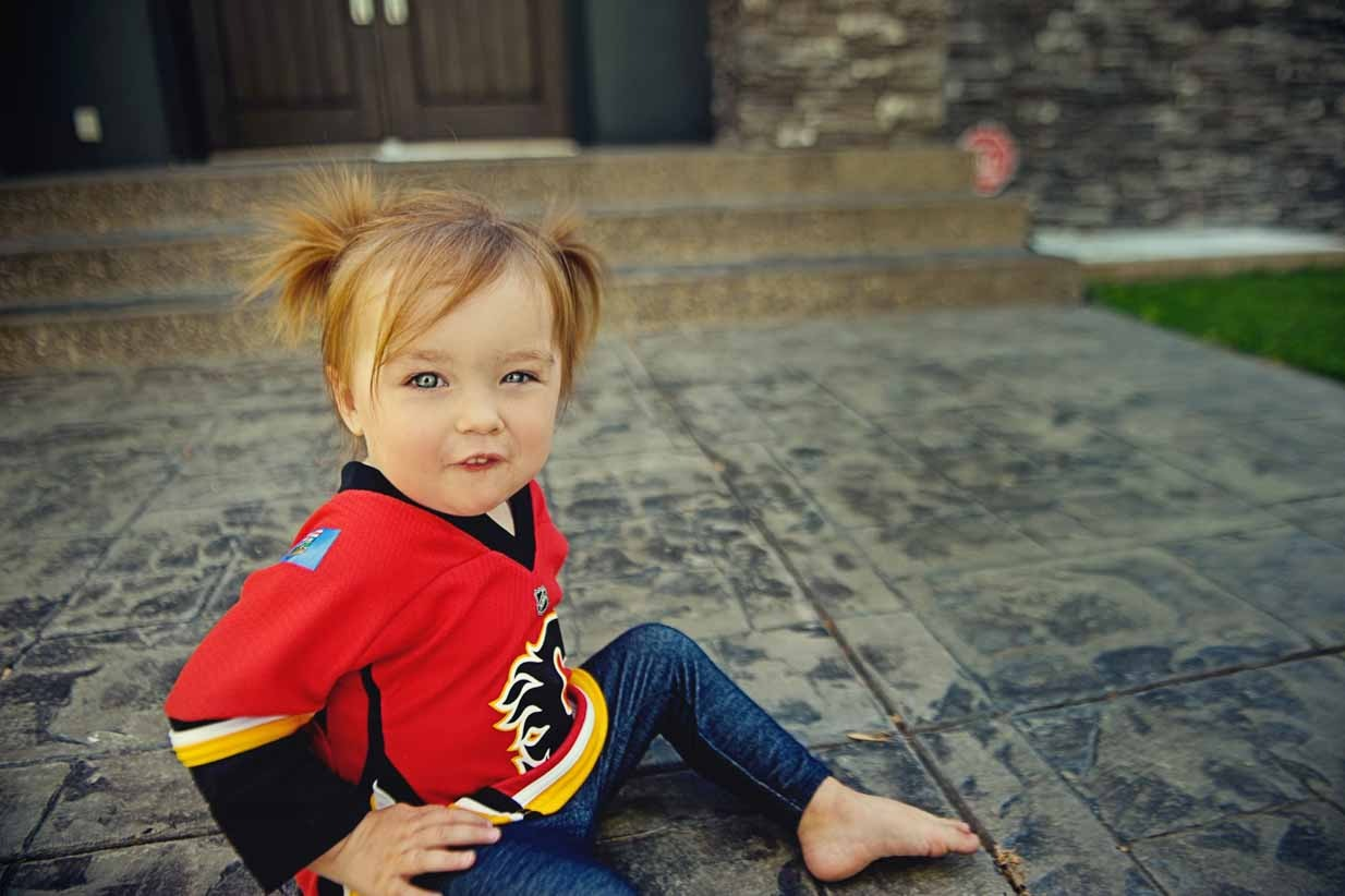 Calgary Flames Girl | Calgary Family Photographer | SLIVER Photography