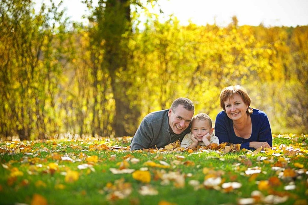 Leaves and family | Calgary Family Photographer | SLIVER Photography
