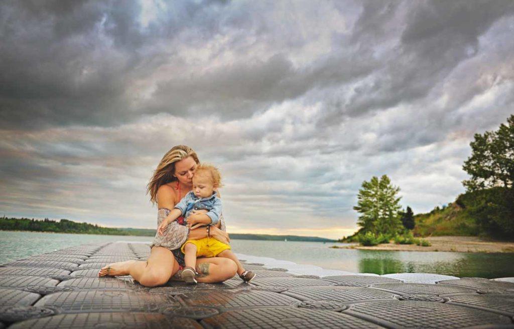 Lake Life   Calgary Family Photographer   SLIVER Photography