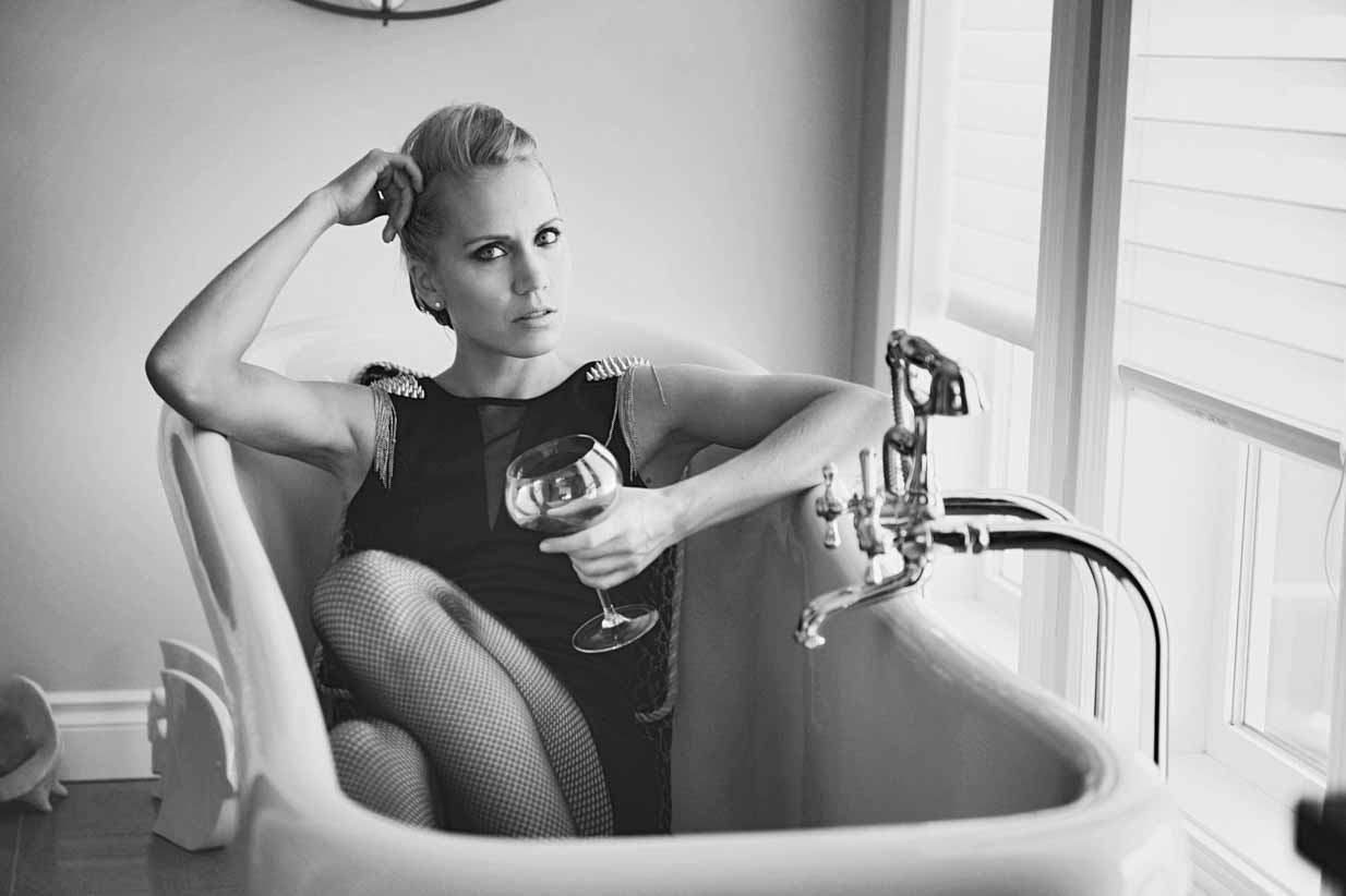 Wine in the Tub | Calgary Lifestyle & Corporate Photographer | SLIVER Photography