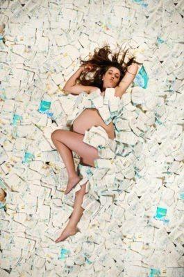 American Beauty Preggers   Calgary Maternity Photographer   SLIVER Photography