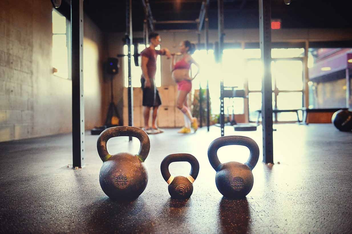Crossfit expecting | Calgary Maternity Photographer | SLIVER Photography