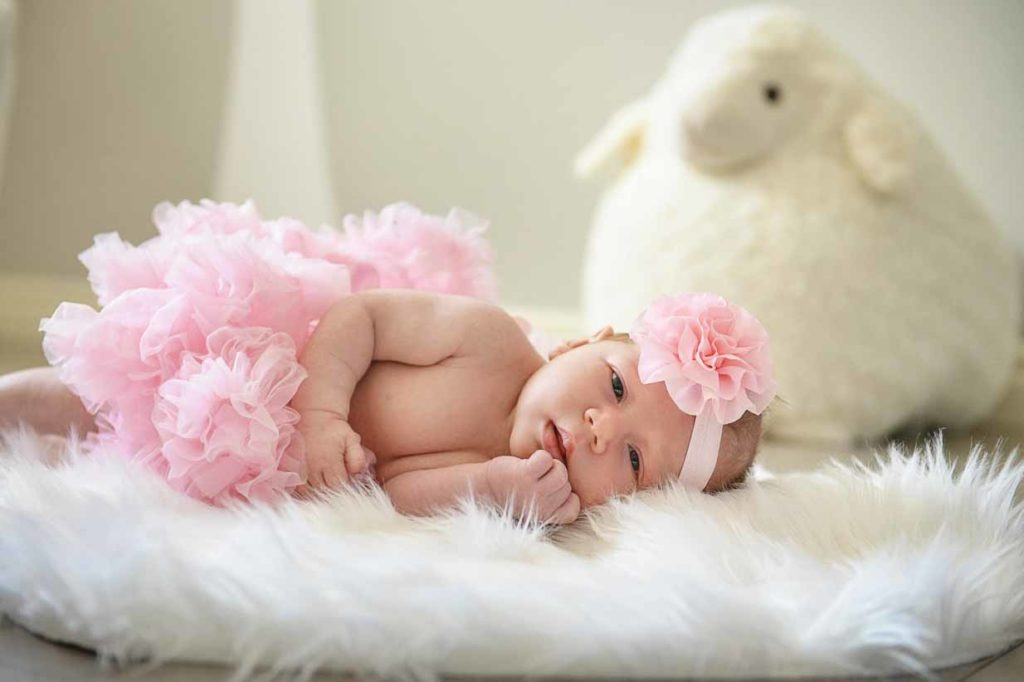 Newborn girl | Calgary Newborn Photographer | SLIVER Photography