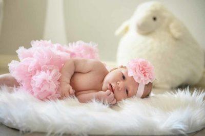 Newborn girl | Calgary Newborn Photographer | SLIVER Photography