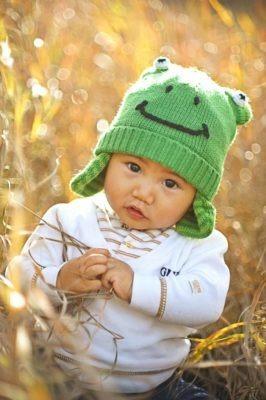 Newborn Frog   Calgary Newborn Photographer   SLIVER Photography