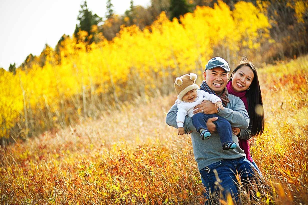Autumn family with baby | Calgary Newborn Photographer | SLIVER Photography