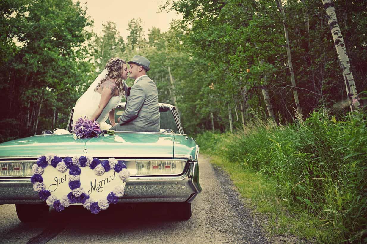 Red Deer wedding on Vintage Car | Destination Wedding Photographer | SLIVER Photography