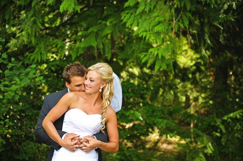 Cuddles | Destination Wedding Photographer | SLIVER Photography