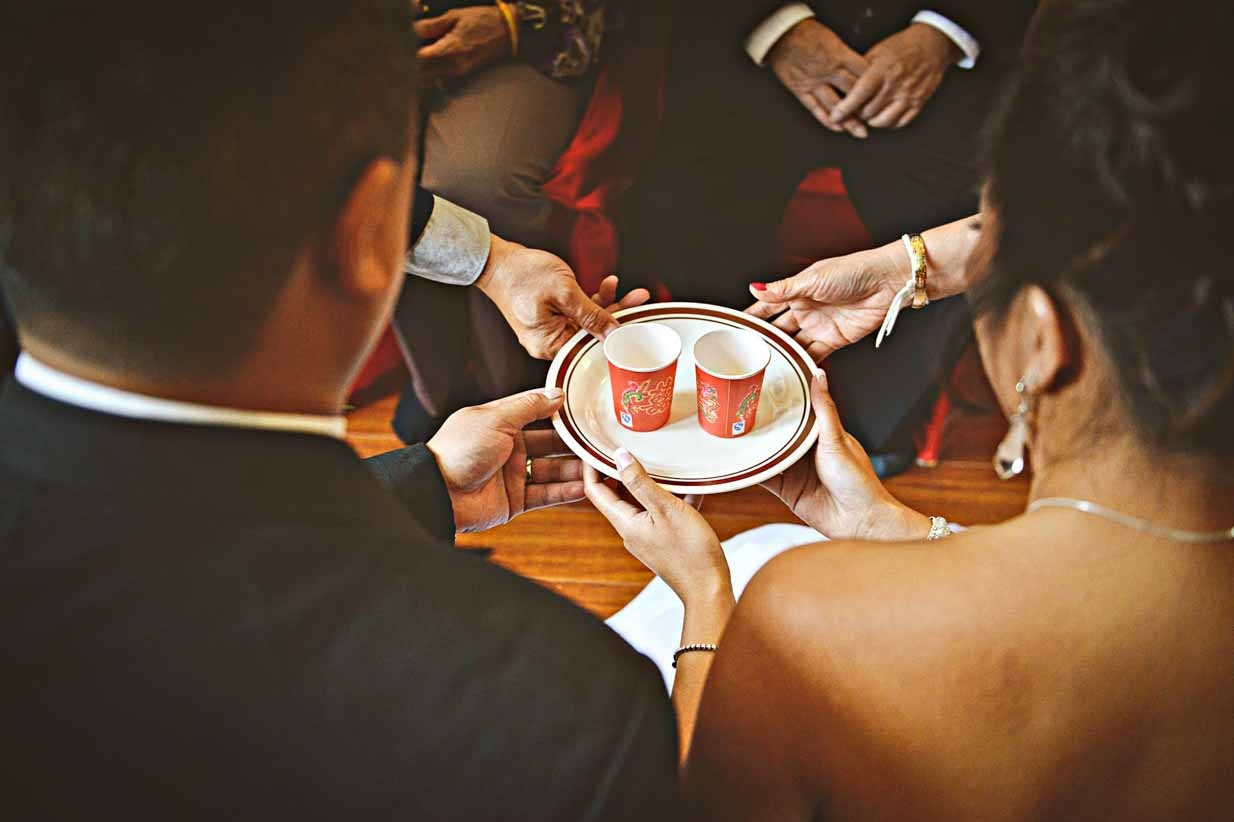 Chinese Tea Ceremony | Destination Wedding Photographer | SLIVER Photography