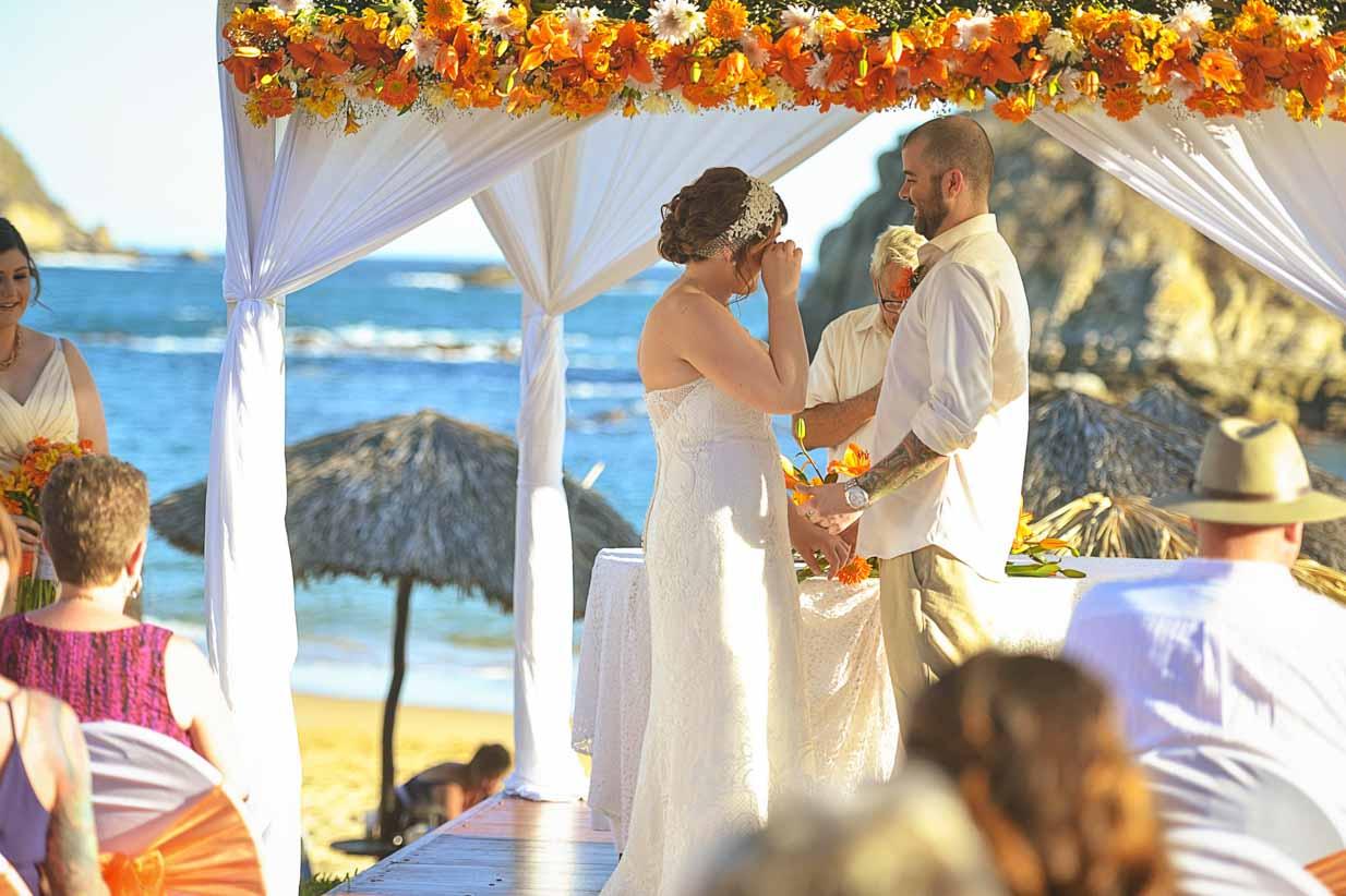 Huatulco Mexico Wedding Ceremony | Destination Wedding Photographer | SLIVER Photography