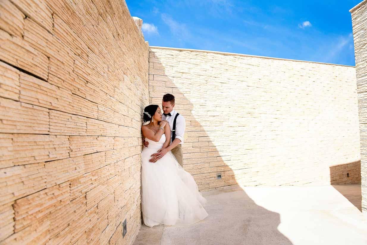 Poolside cuddles | Destination Wedding Photographer | SLIVER Photography