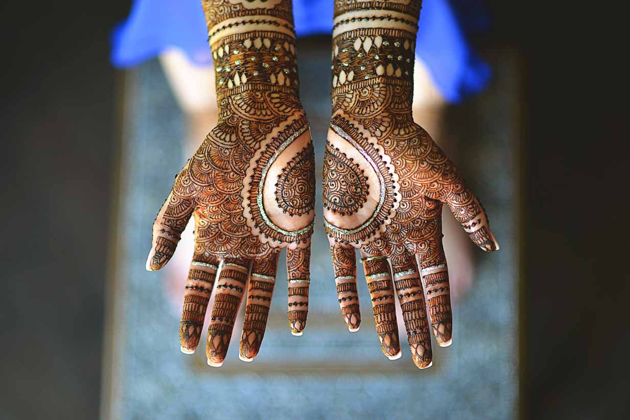 Mendhi | Destination Wedding Photographer | SLIVER Photography