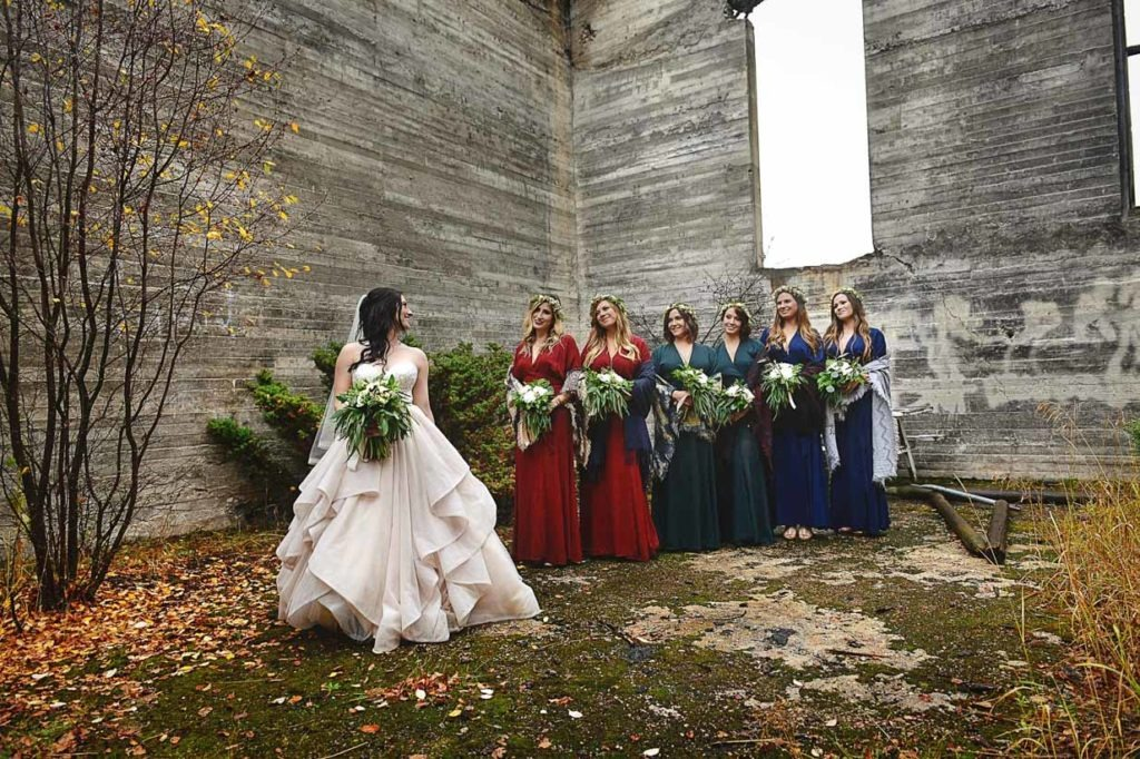 Bridesmaids in ruins | Destination Wedding Photographer | SLIVER Photography
