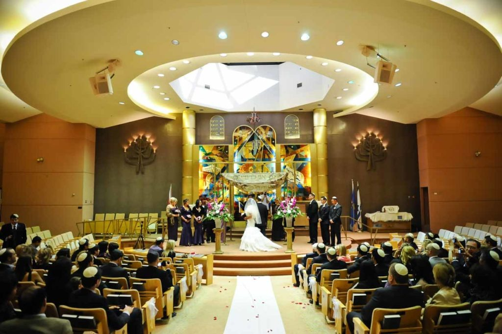Synagogue Wedding | Destination Wedding Photographer | SLIVER Photography